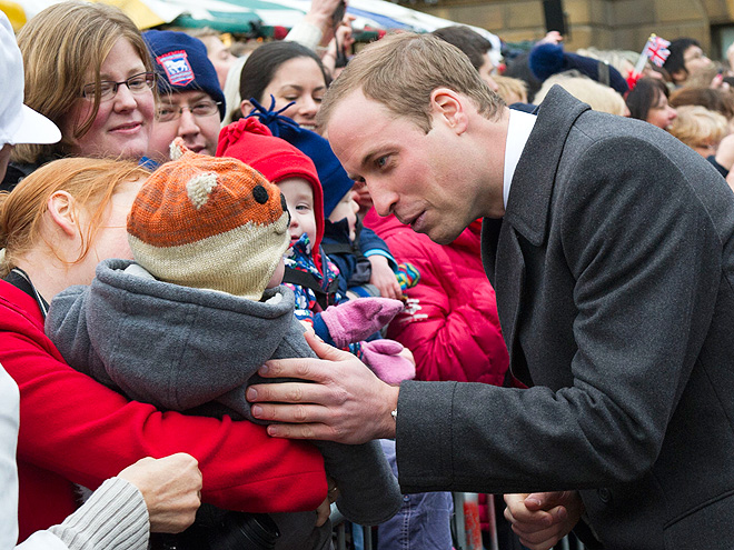 TOUCHING MOMENT photo | Prince William