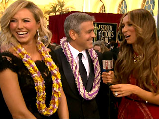 Guiliana Rancic Leis George Clooney, Juggles with Jane Lynch | George Clooney, Giuliana Rancic