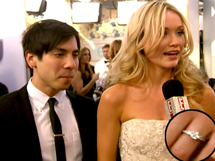 SAG awards 2012: Katrina Bowden Engaged