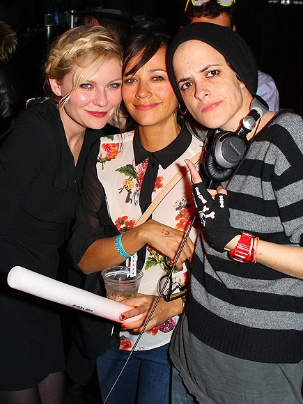 MUSIC-MINDED photo | Kirsten Dunst, Rashida Jones, Samantha Ronson