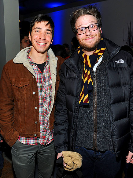 CHEER TEAM photo | Justin Long, Seth Rogen