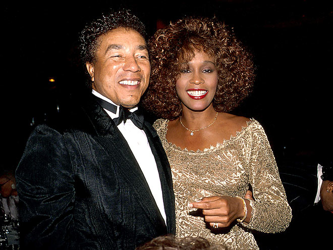 SMOKEY ROBINSON photo | Smokey Robinson, Whitney Houston