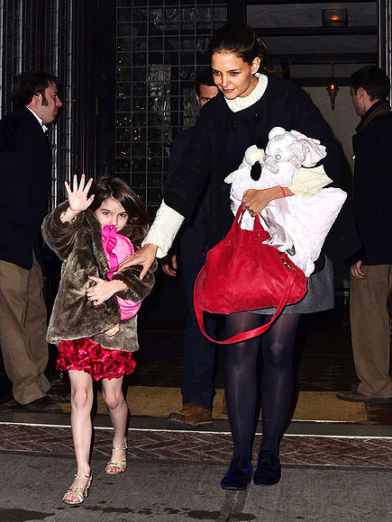 SO LONG! photo | Katie Holmes, Suri Cruise