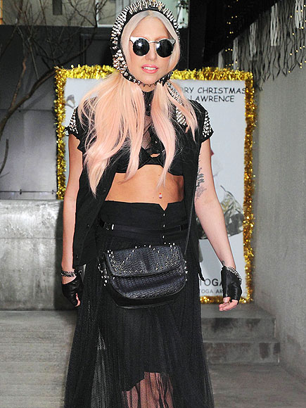 HER WEAR-WITHAL photo | Lady Gaga