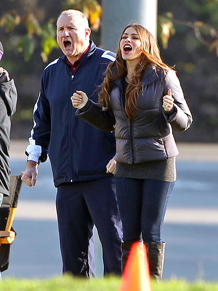 SOCCER MOM (AND DAD) photo | Ed O'Neill, Sofia Vergara