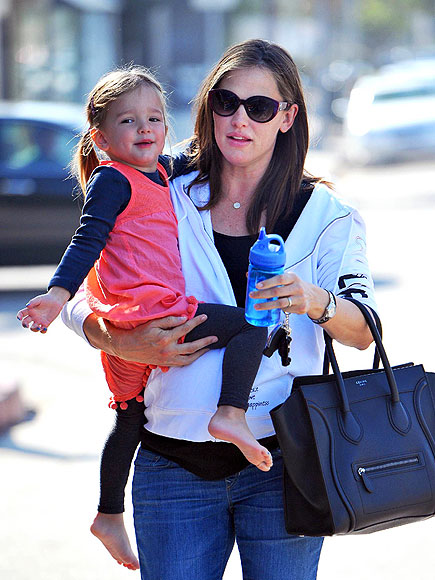 SWEET SCOOP photo | Jennifer Garner