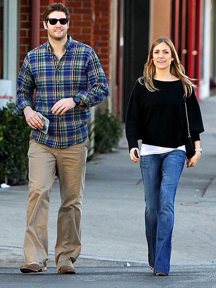 SHOPPING DATE
