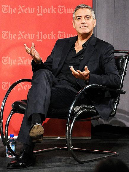 HOT TOPICS photo | George Clooney