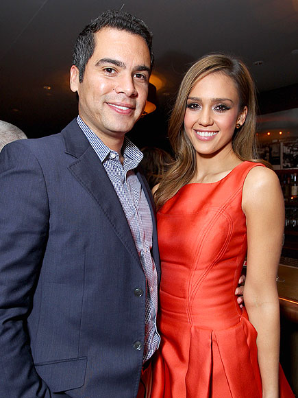 LOVE SHOT photo | Cash Warren, Jessica Alba