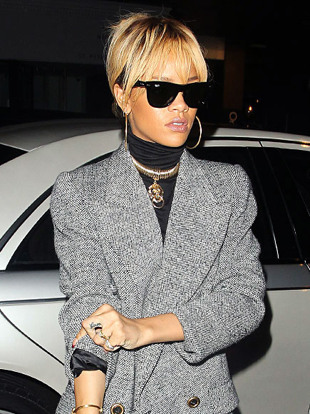 BLAZER BEAUTY photo | Rihanna