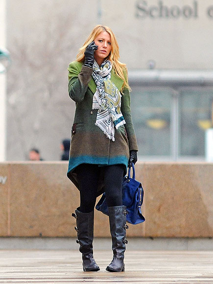 CAMPUS SCENE
