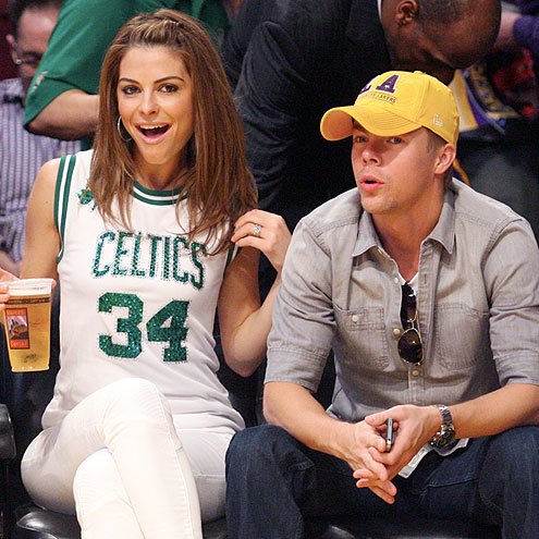 TEAM SPIRIT  photo | Derek Hough, Maria Menounos
