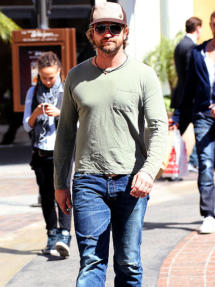 CAPPED OFF photo | Gerard Butler