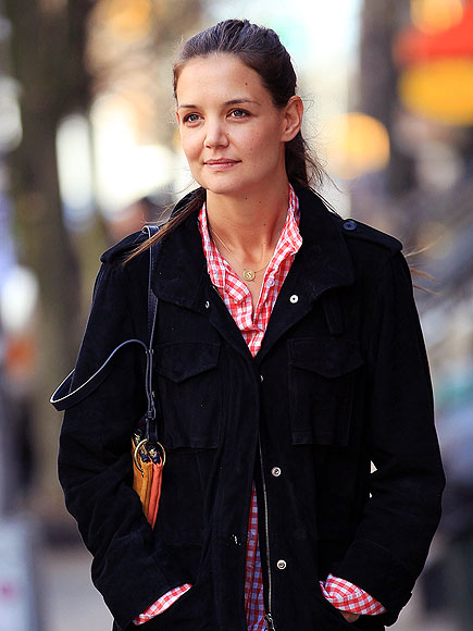 CHECK MATE photo | Katie Holmes