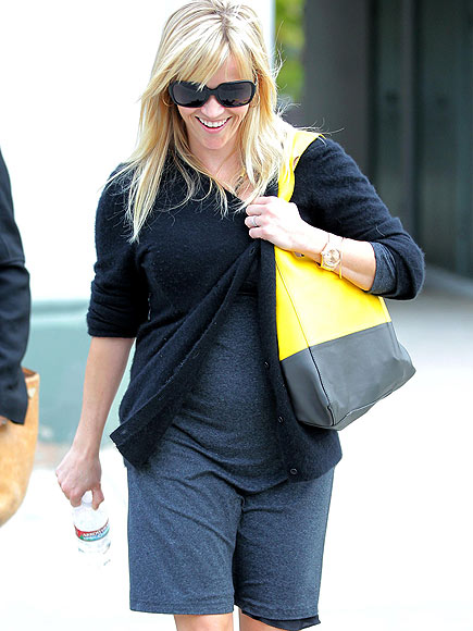 IN THE BAG photo | Reese Witherspoon