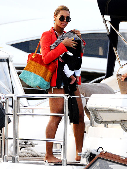 BABY ON BOARD! photo | Beyonce Knowles