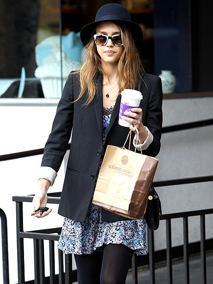 CAFFEINE KICK  photo | Jessica Alba