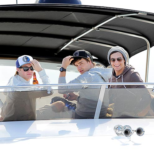 YACHT CLUB photo | One Direction