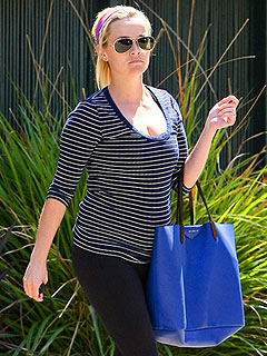 Reese's Pre-Baby Workout | Reese Witherspoon
