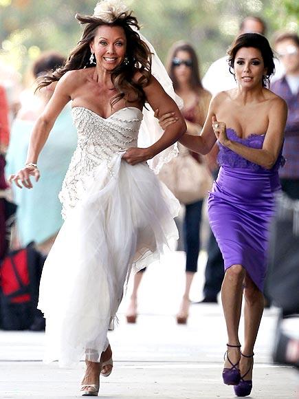 RUNAWAY BRIDE photo | Eva Longoria, Vanessa Williams