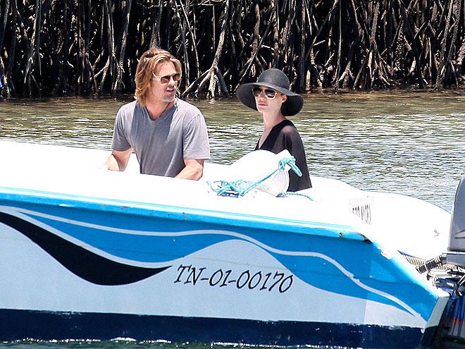 THE SAME BOAT  photo | Angelina Jolie, Brad Pitt
