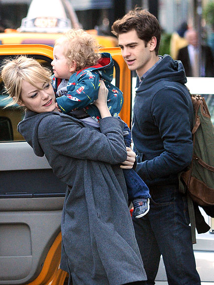 KID & PLAY   photo | Andrew Garfield, Emma Stone