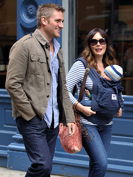 STROLL WITH IT