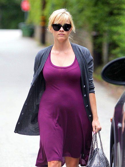 PURPLE REIGN   photo | Reese Witherspoon