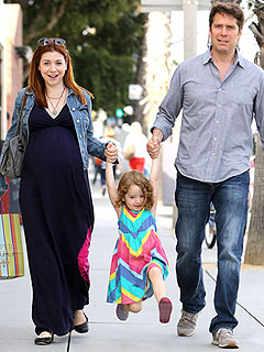Alyson & Satyana Hang Loose! | Alyson Hannigan