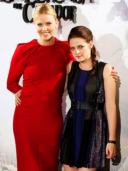 PLAYING NICE  photo | Charlize Theron, Kristen Stewart