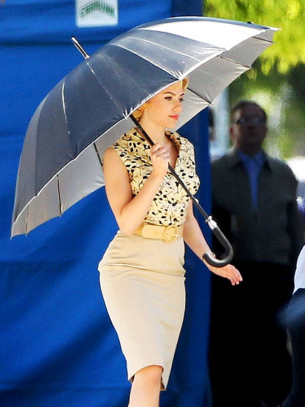 SHADY LADY  photo | Scarlett Johansson
