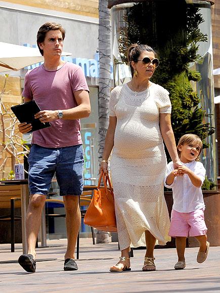 MALIBU MAMA  photo | Kourtney Kardashian, Scott Disick