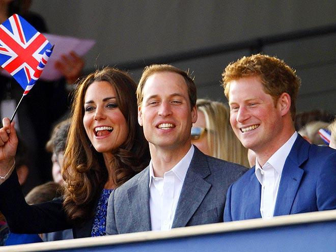 SOUND WAVE  photo | Kate Middleton, Prince William