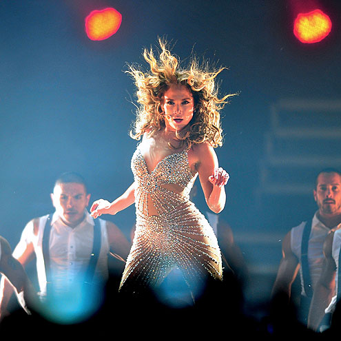 HAIR SHE IS!  photo | Jennifer Lopez