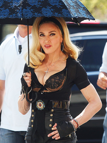 BUST A MOVE  photo | Madonna