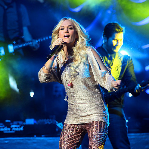 SING IT! photo | Carrie Underwood