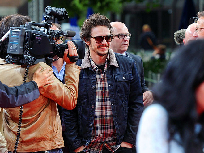 CAMERA MAN photo | James Franco