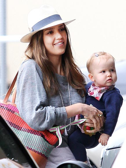 TWO CUTE! photo | Jessica Alba