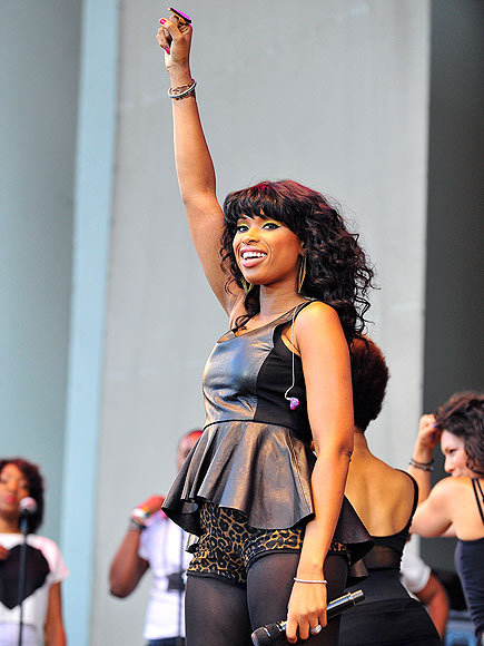 FIST PUMP photo | Jennifer Hudson