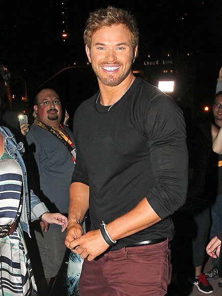 GRIN AND GREET photo | Kellan Lutz