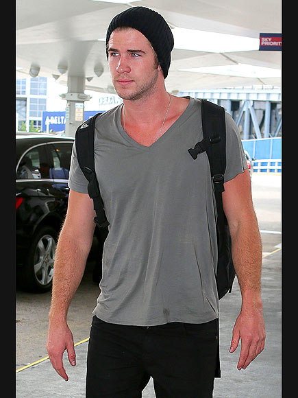FLYING SOLO photo | Liam Hemsworth