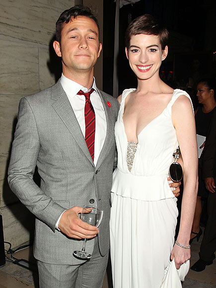RISE & SHINE photo | Anne Hathaway, Joseph Gordon-Levitt