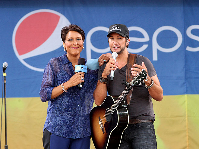 MARK HIS WORDS photo | Luke Bryan, Robin Roberts
