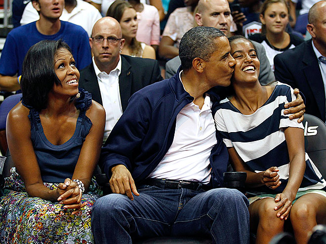 SMOOCHER-IN-CHIEF photo | Barack Obama, Michelle Obama