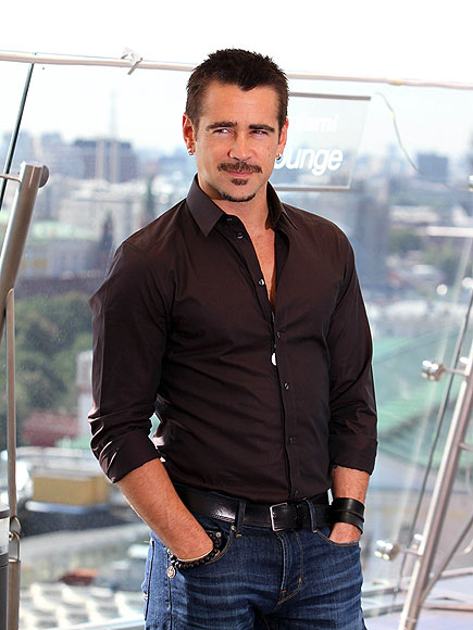 'TOTAL' POSER photo | Colin Farrell