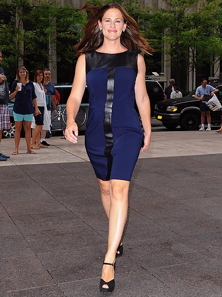 WALK TALL photo | Jennifer Garner