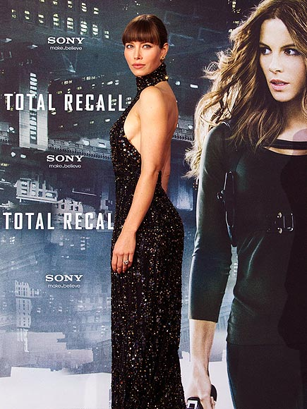 DOUBLE TROUBLE photo | Jessica Biel