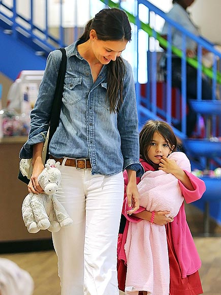 JUST THE GIRLS photo | Katie Holmes, Suri Cruise
