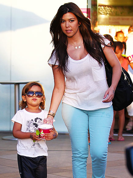 DESSERT CLUB photo | Kourtney Kardashian