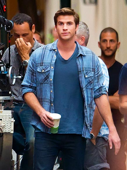 BLUE IT photo | Liam Hemsworth